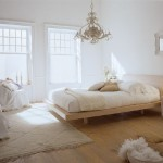 почти белые обои для спальни