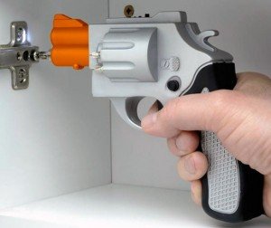Шуруповёрт в виде пистолета
