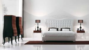 Белая кровать белые стены