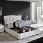 Белая спальня чёрные стены