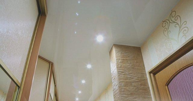 Дополнительные встроенные в потолок светильники