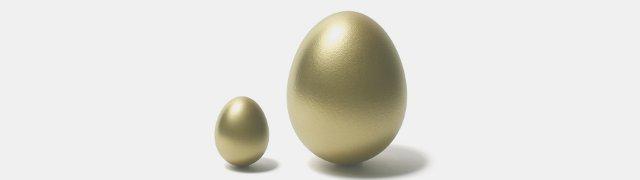 Большое и маленькое залотое яйцо